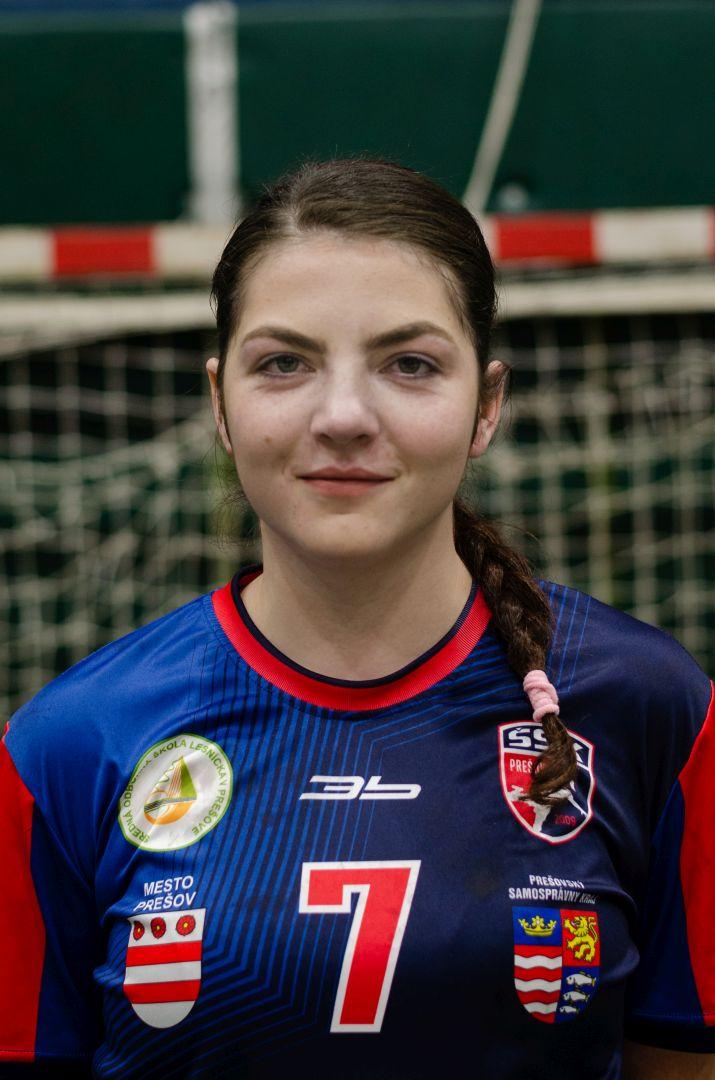 7 - Rebeka Čirčová