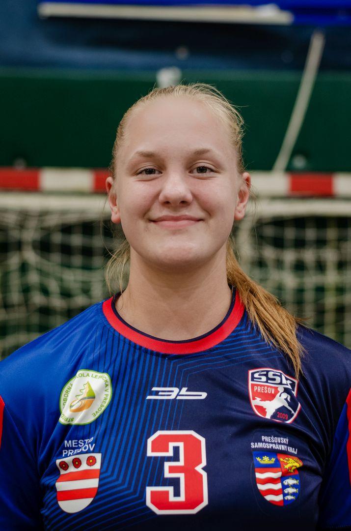 3 - Alena Dvorščáková