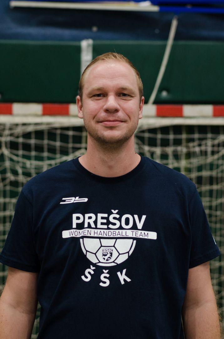 Maroš Vikartovský