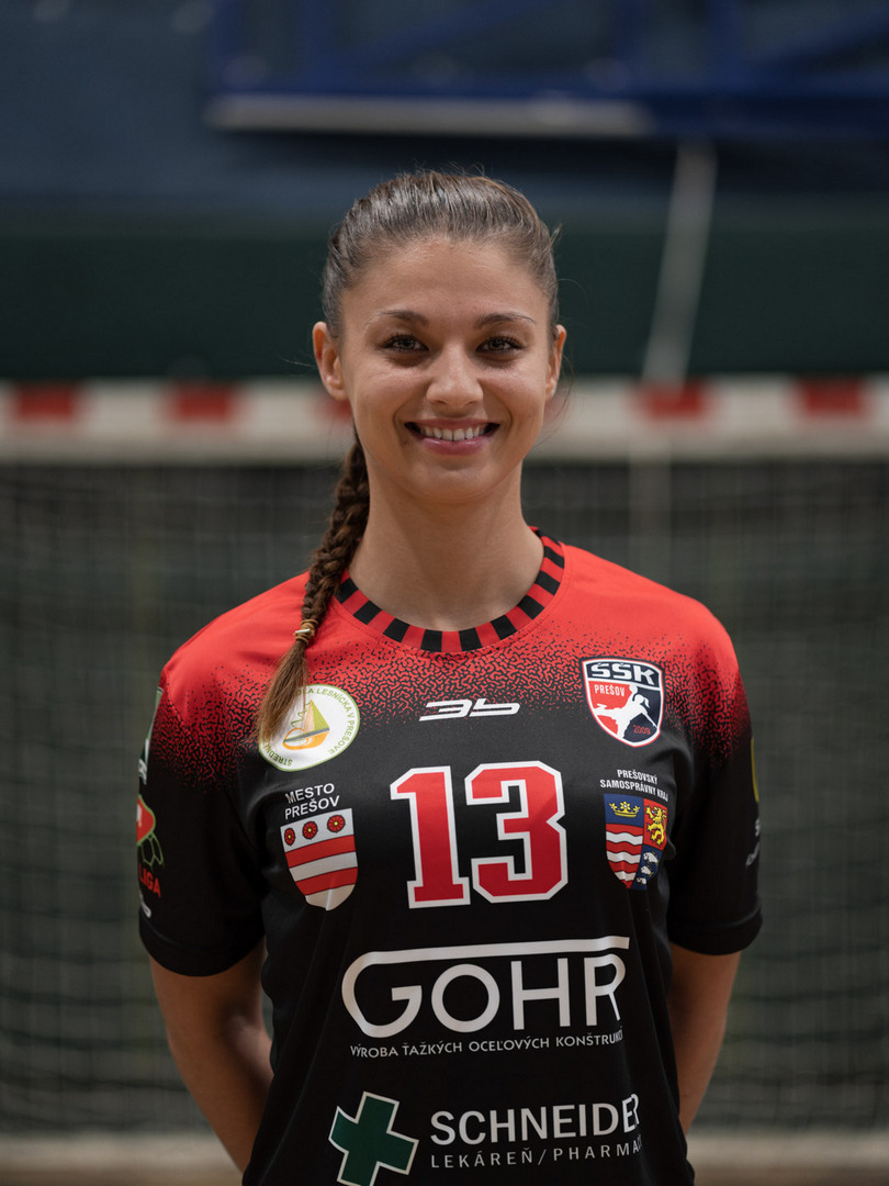 13 - Tatiana Vraňuchová