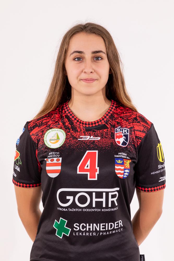 4 - Henrieta Lupkovičová