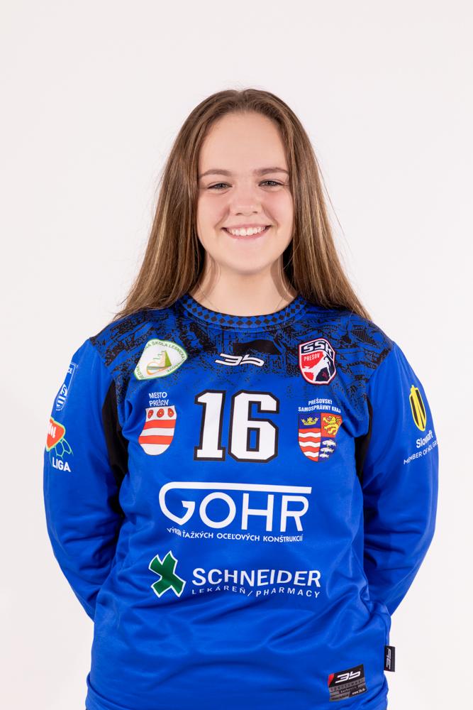 16 - Sandra Rontová