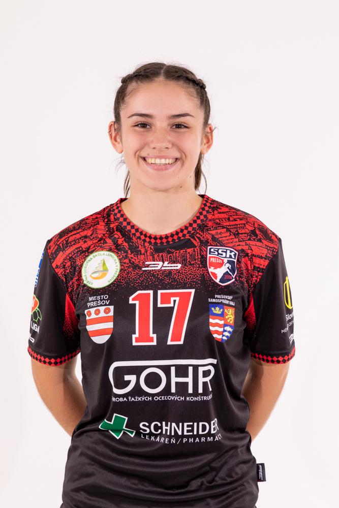 17 - Simona Smolková