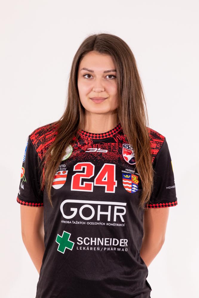 24 - Viktória Vencuriková
